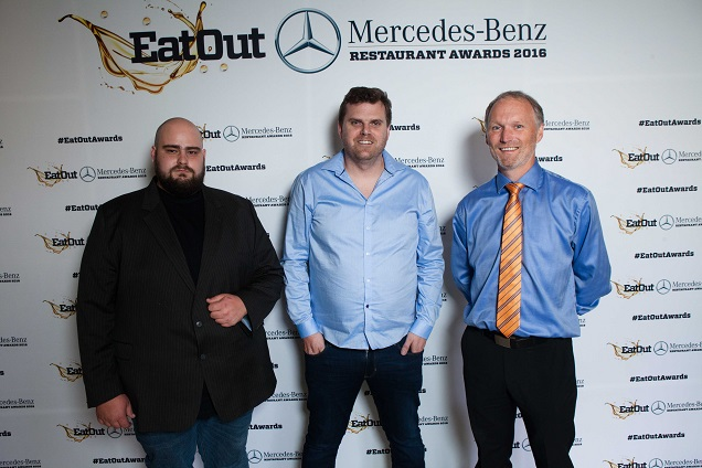 Eatoutretail_capital_new_restaurant_of_the_year_glen_williams_and_scot_kirton_of_foxcroft_with_karl_westvig_of_retail_capital