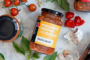 PEPPADEW® Piquante Pepper and Garlic pasta sauce